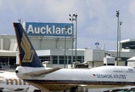 APN Outdoor wins Auckland Airport
